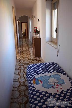 Spacious seaside villa, Tre Camere (11058), 024
