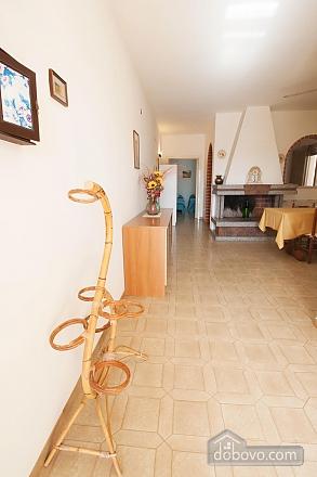 Villa near beautiful beaches, Two Bedroom (12445), 002