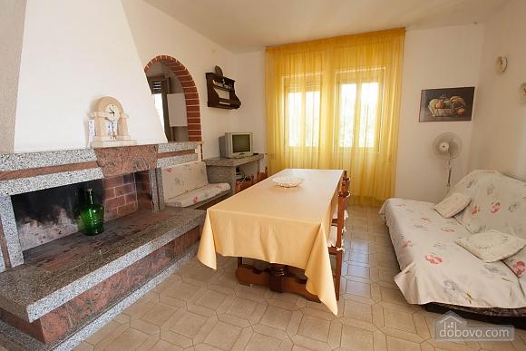 Villa near beautiful beaches, Two Bedroom (12445), 008