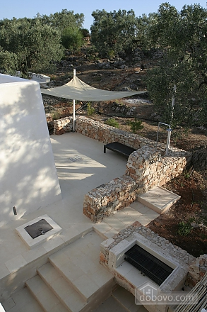 Modern pool and ancient trullo, Due Camere (68004), 029