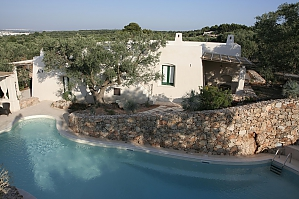 Modern pool and ancient trullo, Deux chambres, 035