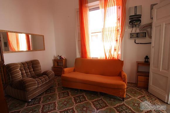 Villa walking distance from beach, Two Bedroom (64901), 014