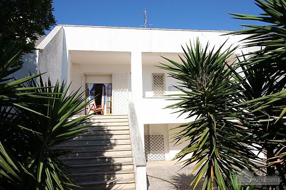 Дом в 600 метрах от моря, 5ти-комнатная (91192), 001