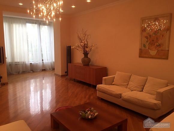 VIP level apartment, Vierzimmerwohnung (40132), 001