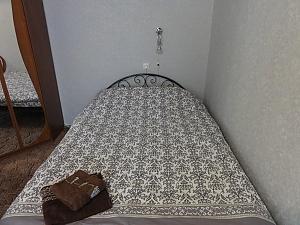 Квартира напів-люкс біля Дніпра, 1-кімнатна, 001