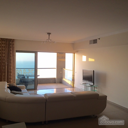 Three-bedroom apartment on the beach, Tre Camere (67442), 005