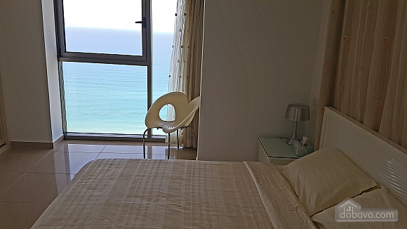 Three-bedroom apartment on the beach, Tre Camere (67442), 016