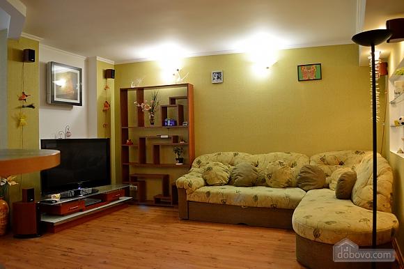 Уютная квартира возле метро Оболонь, 2х-комнатная (83975), 007