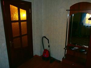 Apartment in the center of Kramatorsk, Studio, 006