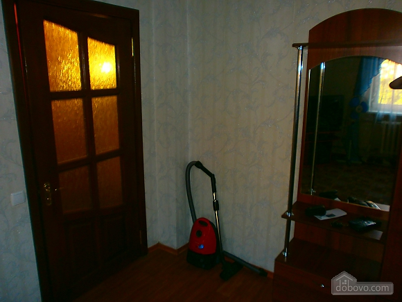 Apartment in the center of Kramatorsk, Studio (58780), 006