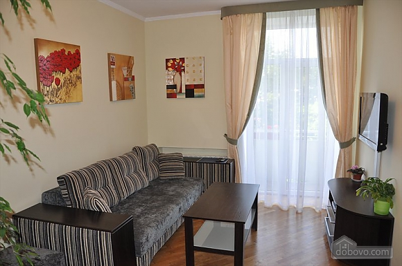 Apartment with panorama view of Lviv, Due Camere (93027), 004