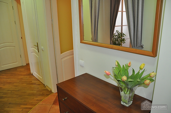 Apartment with panorama view of Lviv, Due Camere (93027), 005