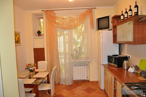 Apartment with panorama view of Lviv, Due Camere (93027), 008