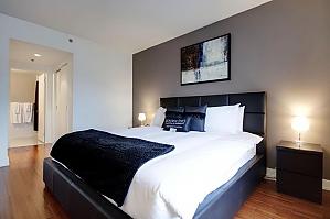 Квартира возле Quartier des Spectacles, 2х-комнатная, 004