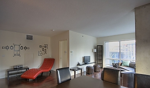 Apt. at Square Victoria, Two Bedroom, 003