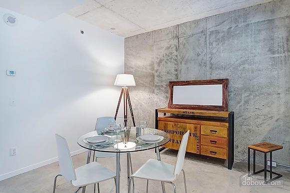 Трьох кімнатна квартира на пл. Вікторії, 3-кімнатна (68465), 010