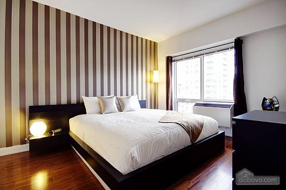 Apartment at Quartier-Des-Spectacles, Two Bedroom (73335), 003