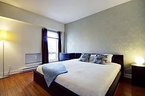 Апартаменты в Quartier-Des-Spectacles, 3х-комнатная, 004