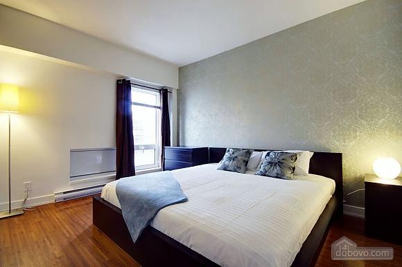 Apartment at Quartier-Des-Spectacles, Two Bedroom (73335), 004