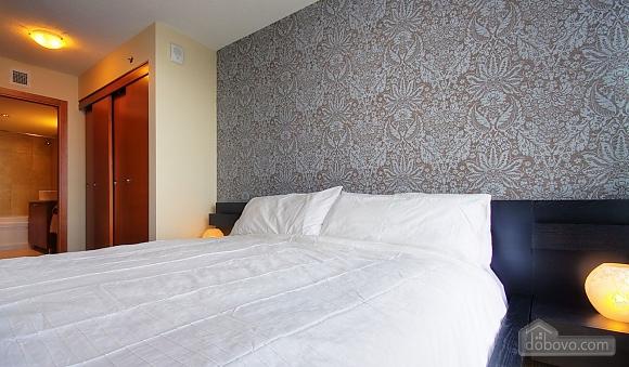 Шикарная квартира в Старом Порту, 2х-комнатная (69794), 005