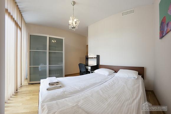 Deluxe Suite, Two Bedroom (85119), 002
