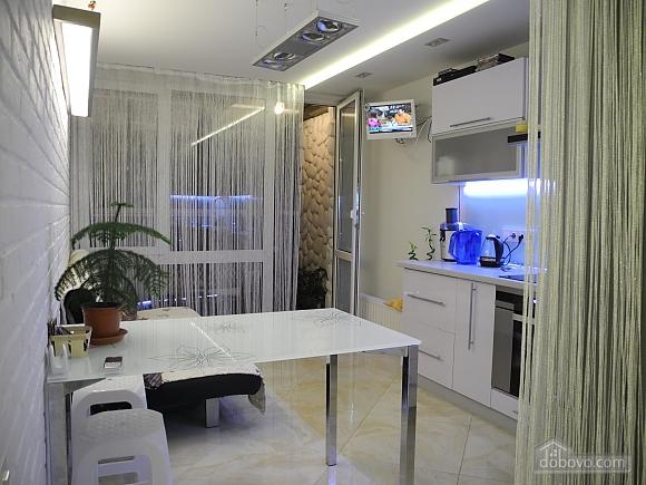 Стильная квартира с видом на море, 1-комнатная (68519), 003