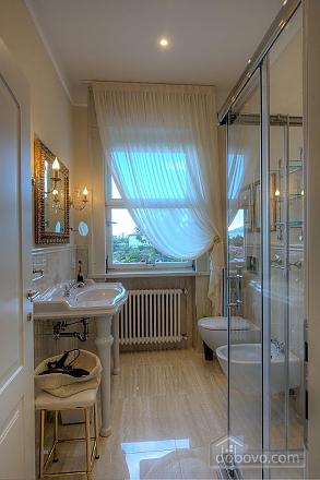 Villa Ermelinda, Cinque Camere (95412), 010