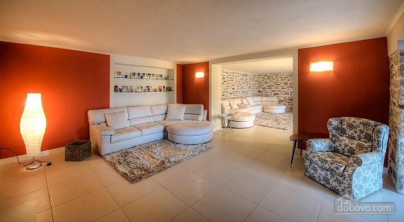Villa Ermelinda, Cinque Camere (95412), 035