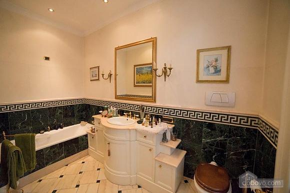 Villa Vittoriana, Cinq chambres (98699), 016