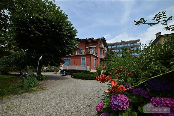 Villa Ornella, Six (+) chambres (42220), 002