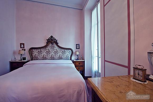Villa Ornella, Six (+) chambres (42220), 012