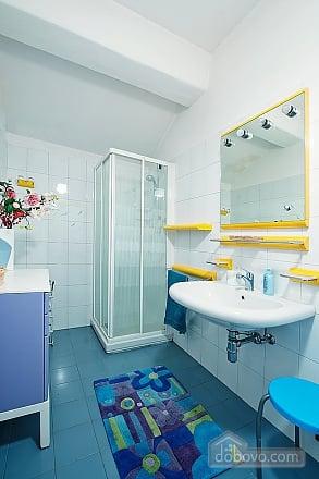 Villa Ornella, Six (+) chambres (42220), 018