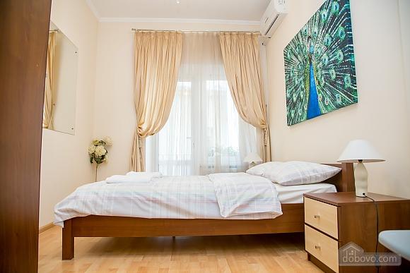 Apartment on Chaikovskoho, One Bedroom (84173), 004