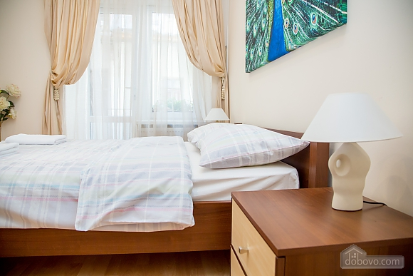 Apartment on Chaikovskoho, One Bedroom (84173), 013
