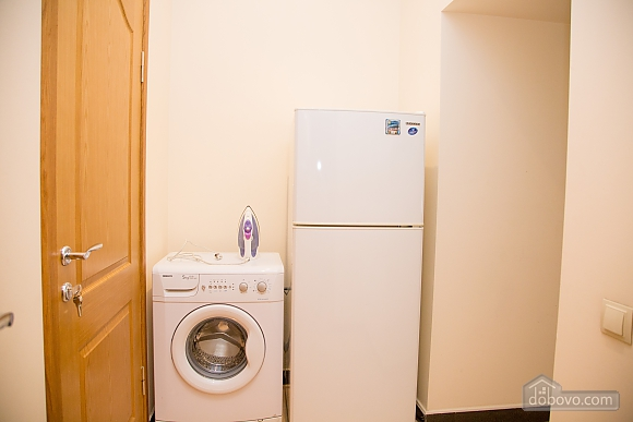 Apartment on Chaikovskoho, One Bedroom (84173), 020