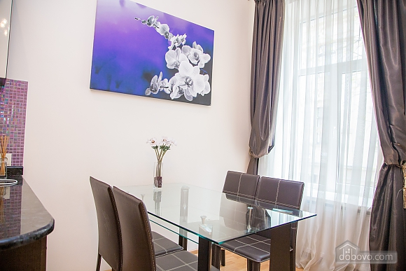 Apartment on Chaikovskoho, One Bedroom (84173), 029
