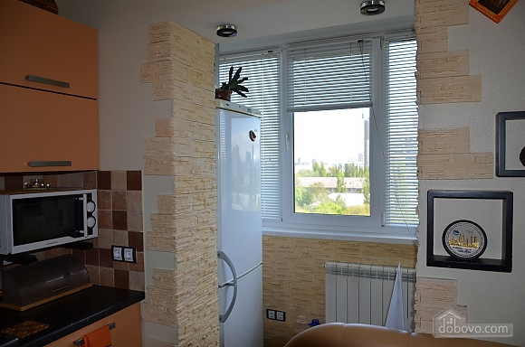 Apartment near to Orlyatko park, Studio (21100), 013