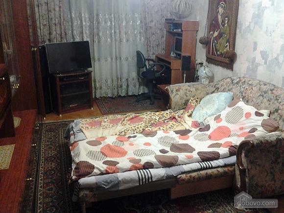 Бюджетная квартира, 2х-комнатная (48672), 001
