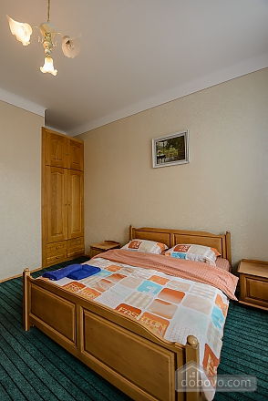 Center Apartment with 3 separate rooms Arena Gulliver Palace of Sports Bessarabskyi market, Dreizimmerwohnung (83369), 009