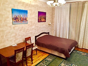 Center Apartment with 3 separate rooms Arena Gulliver Palace of Sports Bessarabskyi market, Two Bedroom, 001