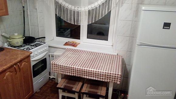 Apartment near to Chernihivska station, Studio (96681), 008
