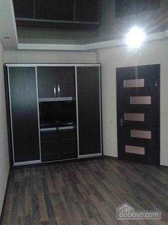 Красивая квартира рядом с бюветом, 2х-комнатная (86143), 005