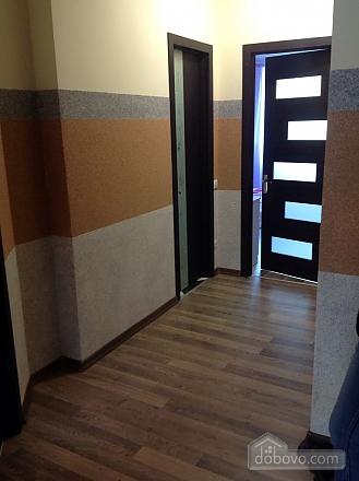 Красивая квартира рядом с бюветом, 2х-комнатная (86143), 006