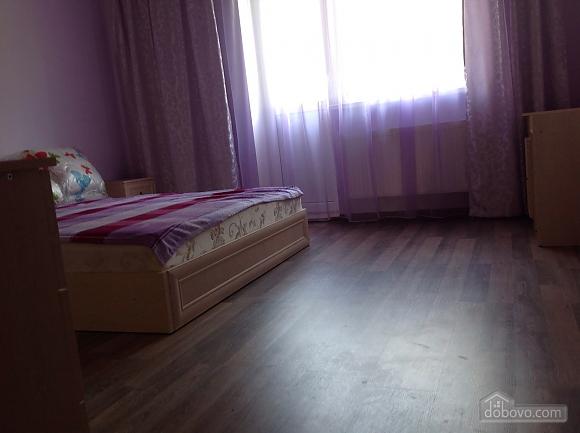 Красивая квартира рядом с бюветом, 2х-комнатная (86143), 008