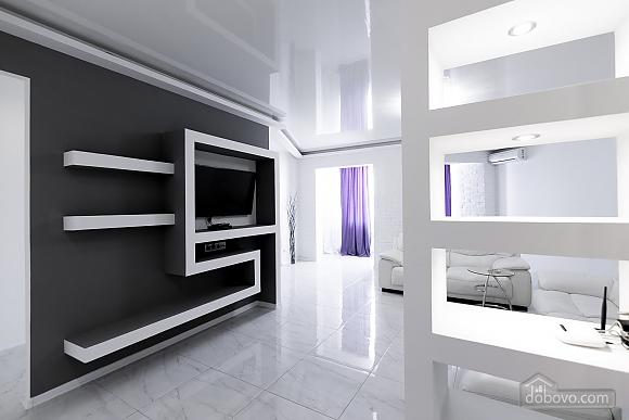 Luxury apartment, Dreizimmerwohnung (69890), 003
