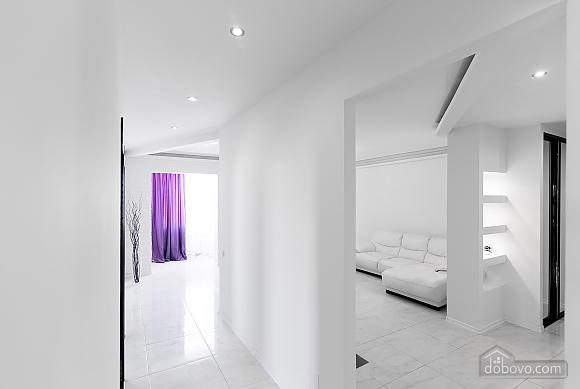 Luxury apartment, Dreizimmerwohnung (69890), 004