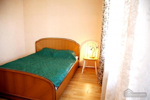 Spacious one bedroom apartment near to Kharkivska station, Un chambre (79743), 001