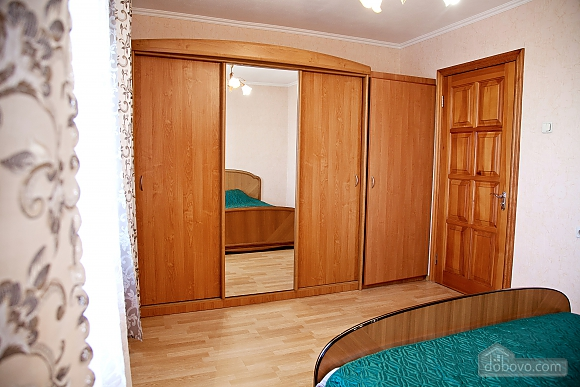 Spacious one bedroom apartment near to Kharkivska station, Un chambre (79743), 004