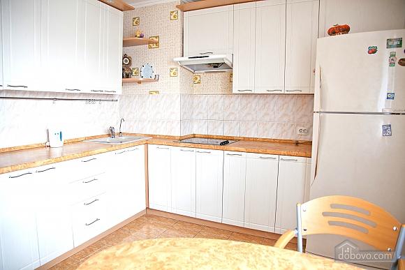 Spacious one bedroom apartment near to Kharkivska station, Un chambre (79743), 005
