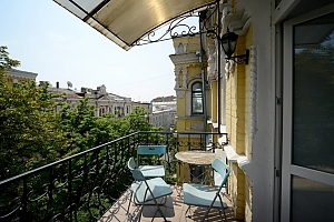 Luxury apartment in palace style with Jacuzzi in two steps from Khreschatyk, Due Camere, 017